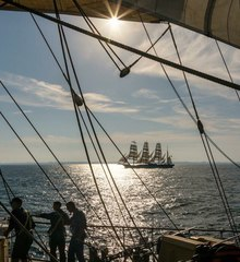 Three col tallship 04
